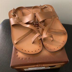 Zigi Elita Leather Sandal